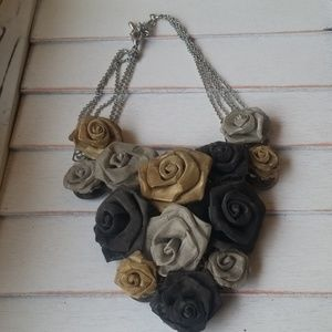 Metal Mesh Flower Necklace